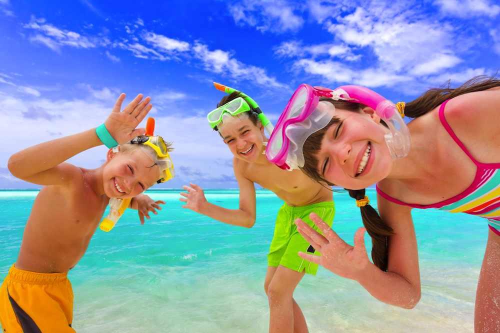 Важливо знати: Правила поведінки на пляжі та у воді
